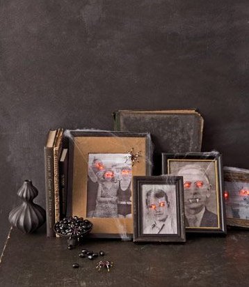 Make your family pics extra creepy this Halloween by hanging this freaky photos in your kitchen.