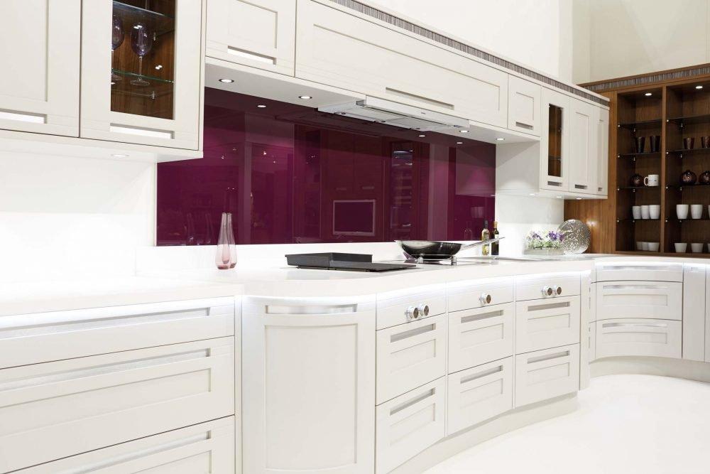 Stoneham Kitchens - Darwin traditional kitchen range