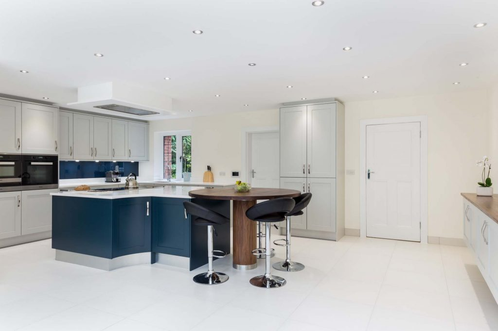 Edwardian Kitchen full view with island and oak breakfast bar