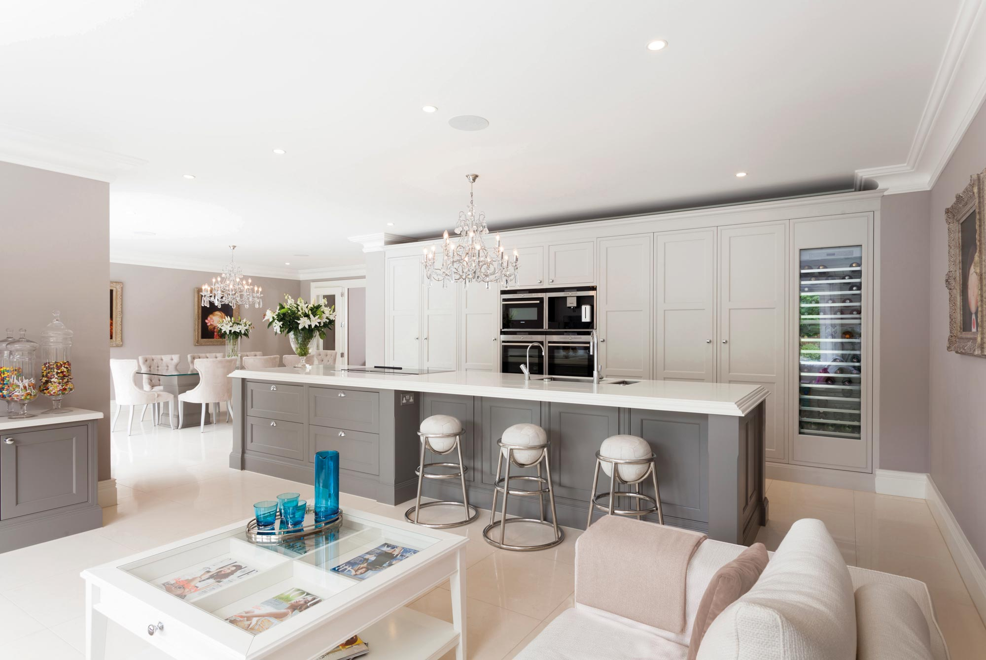 Contemporary and traditional kitchen collections by Stoneham Kitchens