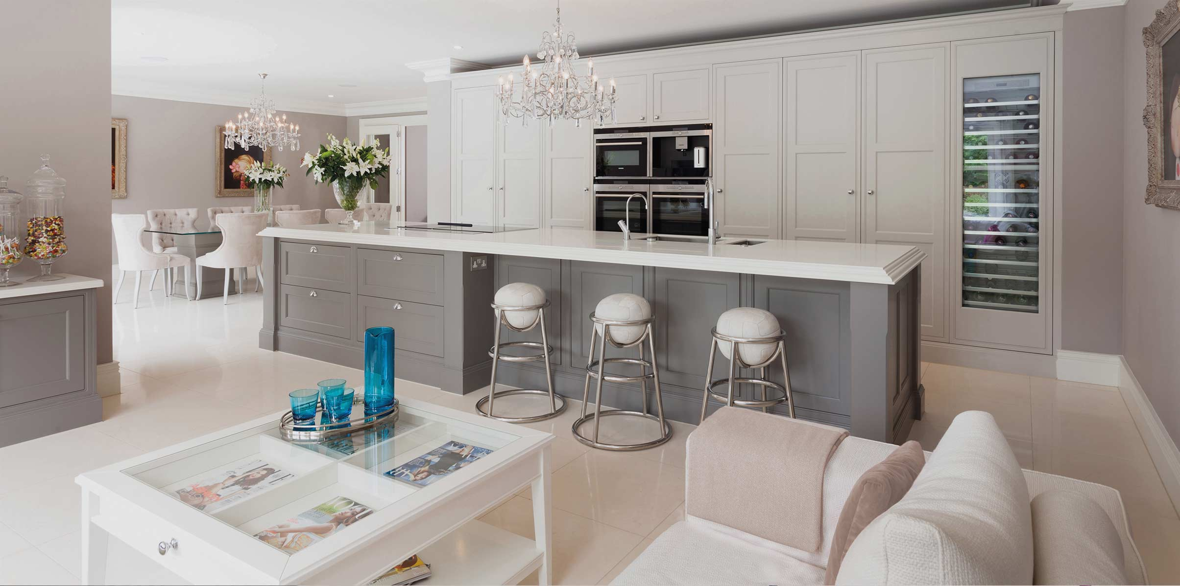 Traditional painted Penshurst kitchen