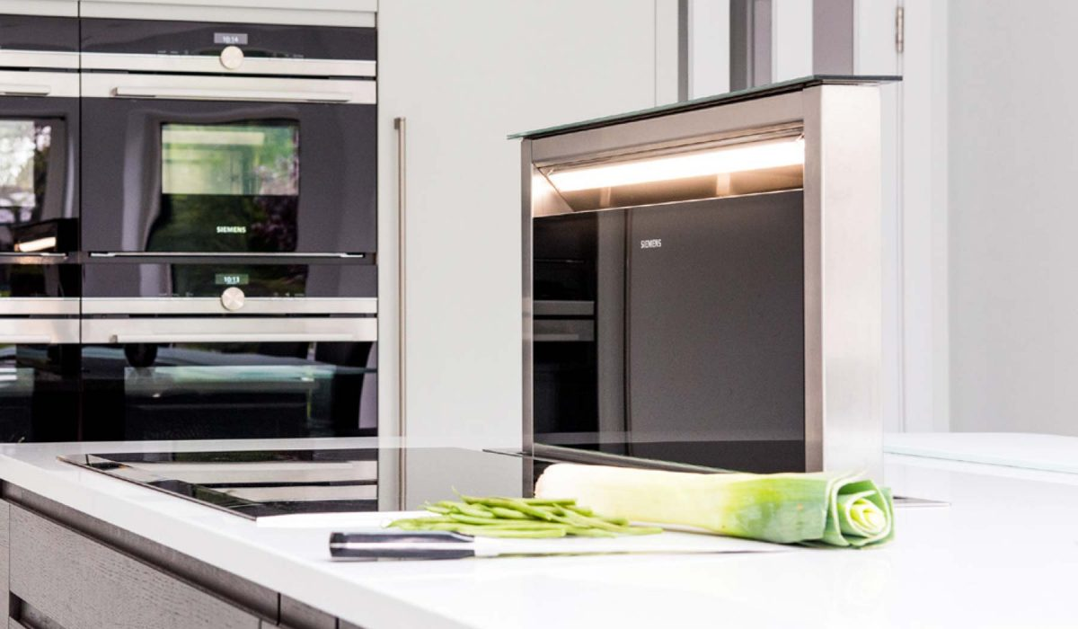Customer story contemporary Flow kitchen integrated extractor fan