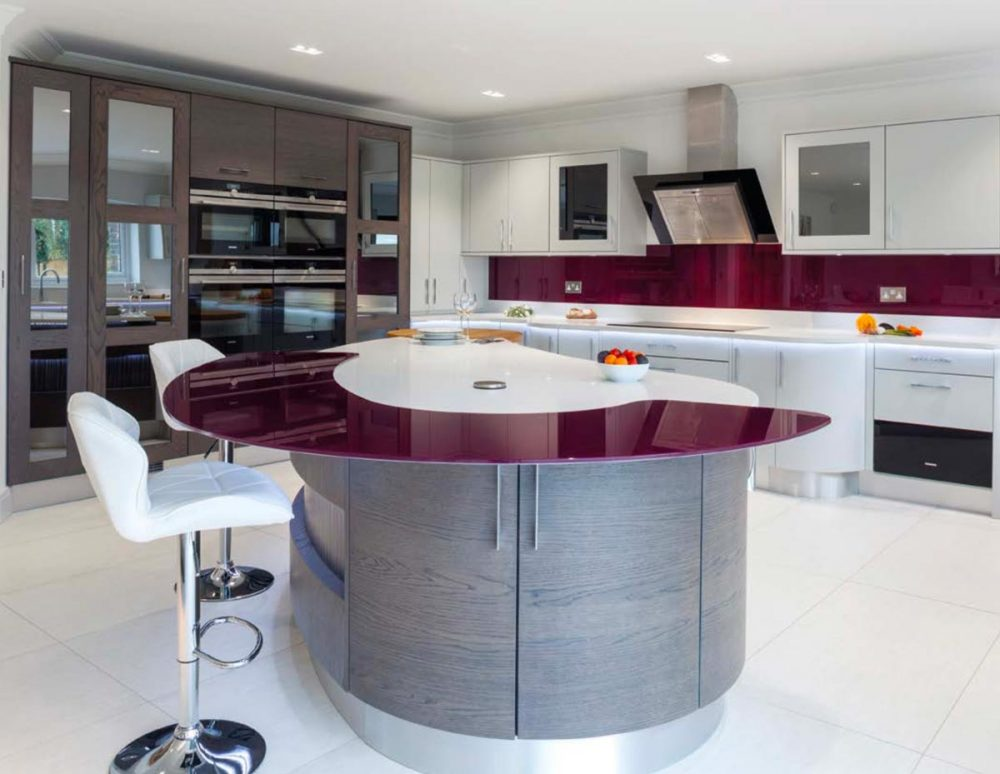 Contemporary kitchen with purple worktop