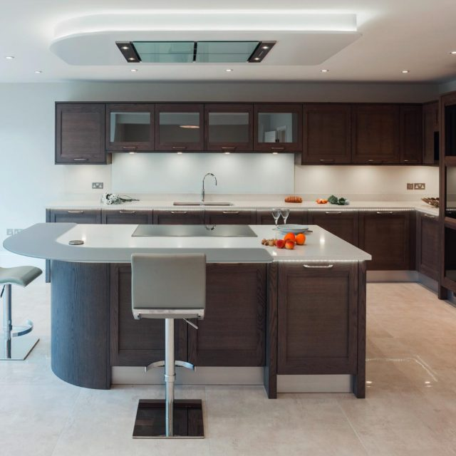 Contemporary oak kitchen with island