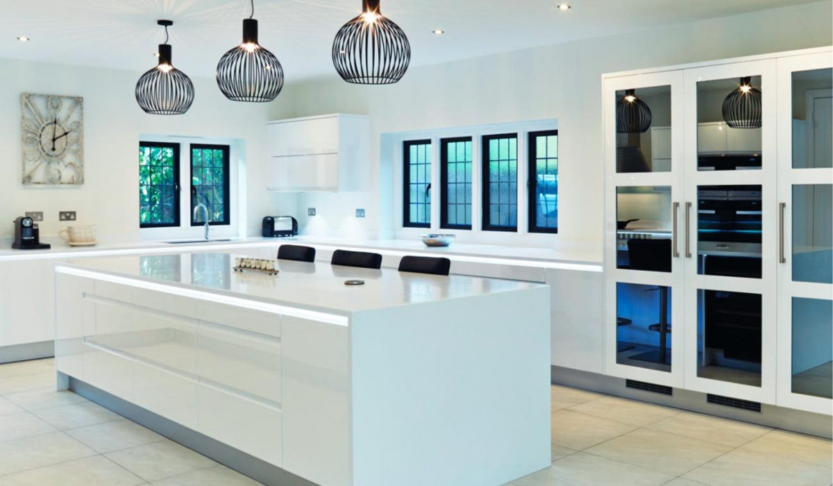 High gloss white kitchen with island - Stoneham Kitchens