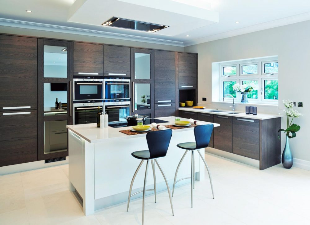 Modern oak kitchen with steel handle trims