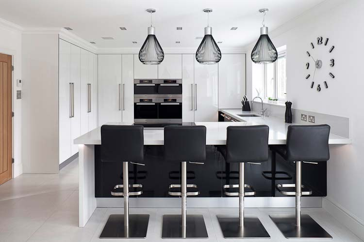 Monochrome gloss kitchen in Stoneham Infinity collection