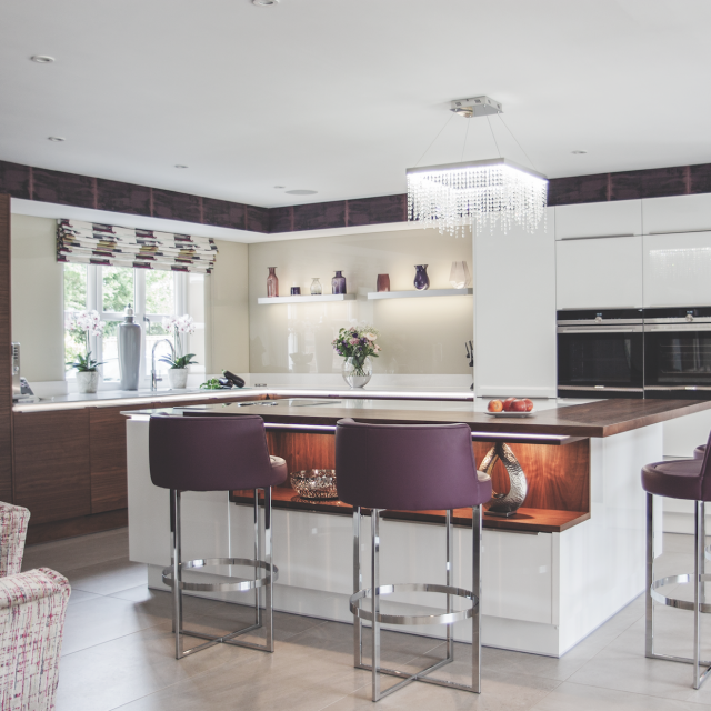 Stoneham Kitchens View Customer Case Studies For Kitchen